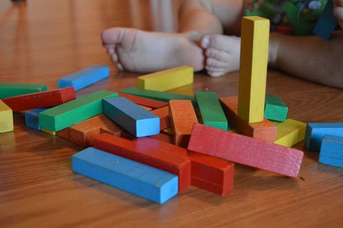 5 pomysłów na twórcze zabawy z dzieckiem w domu