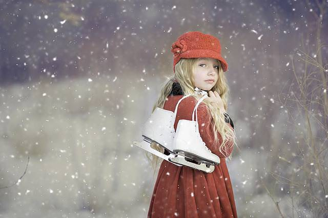 Dziewczynka z łyżwami