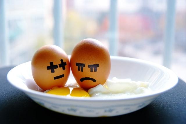 Jajka z twarzami